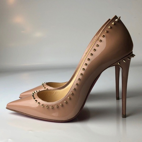 save off 41be9 20aab Louboutin Anjalina 100 Nude Spikes Pumps Euro 36 NWT